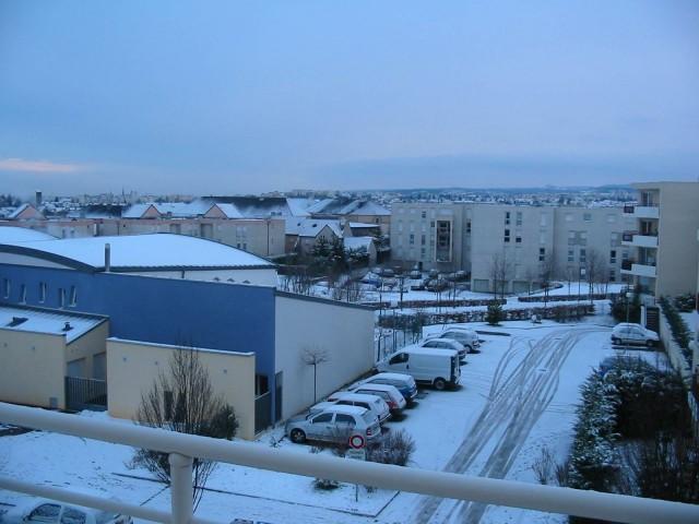 http://famille.severin.free.fr/dijon_neige.jpg